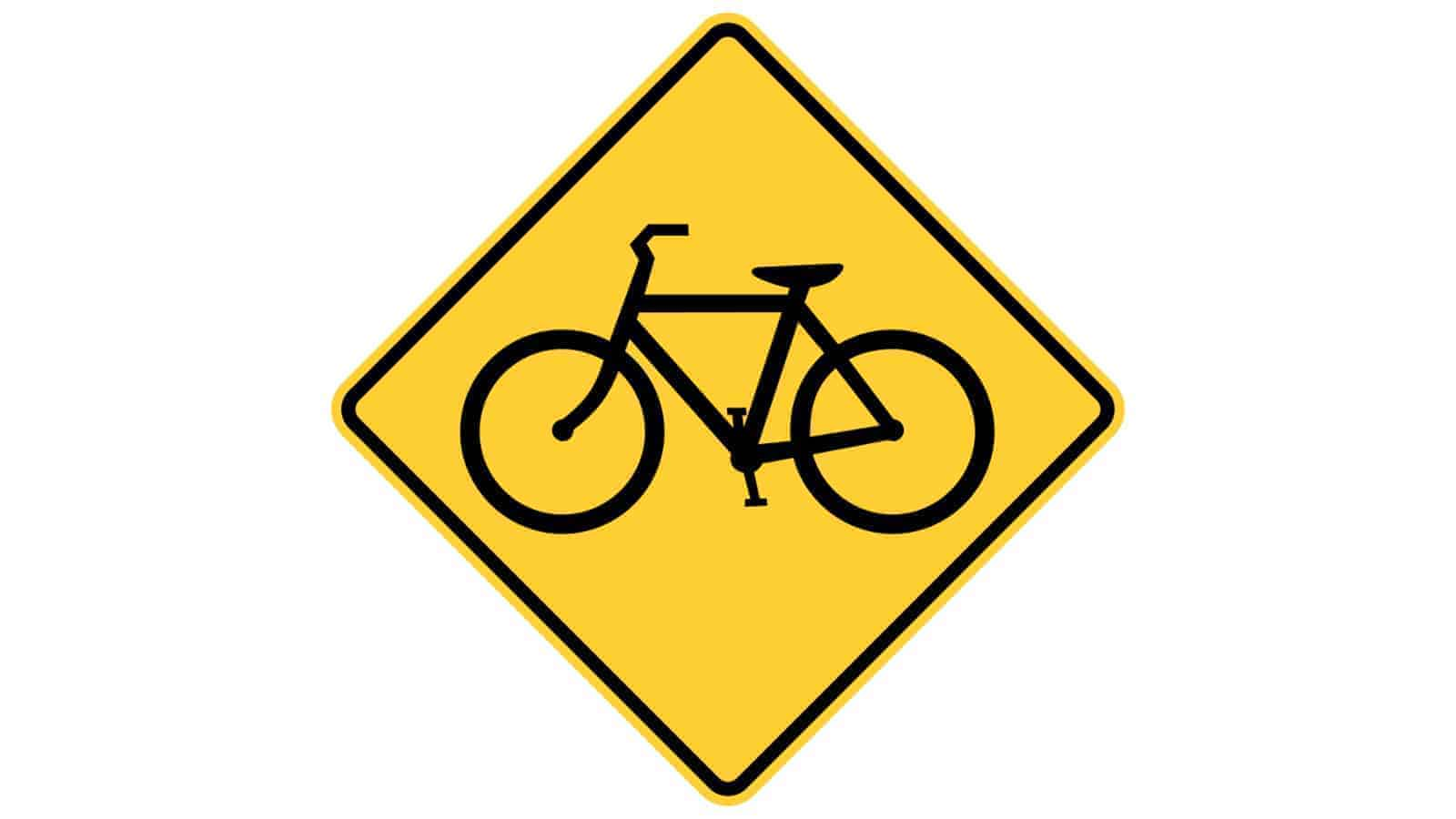 Warning sign bicycle crossing