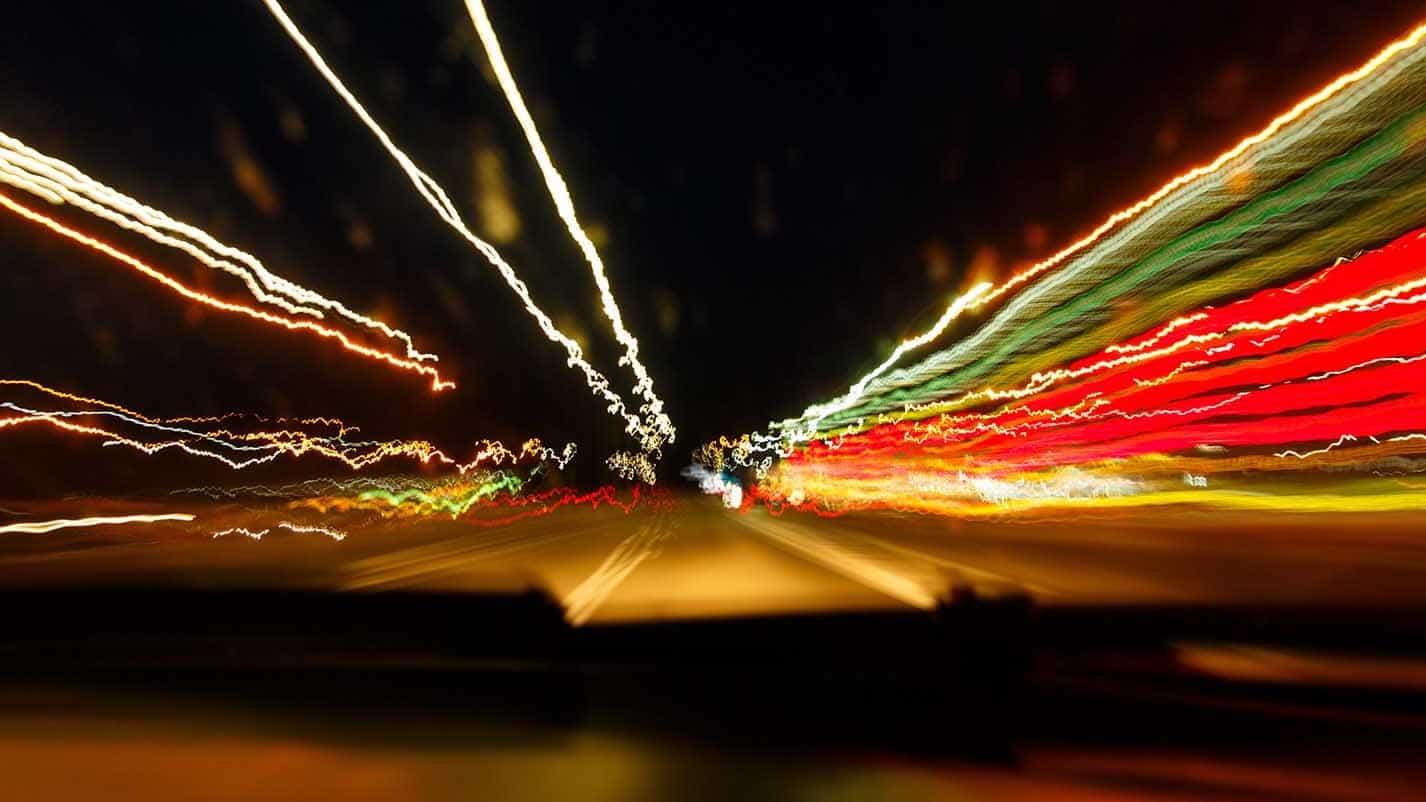 bilförare kör när den är påverad av alkohol